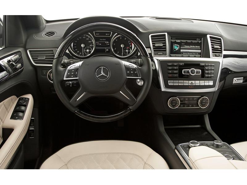 Mercedes AMG 2013 180kw - 3/4