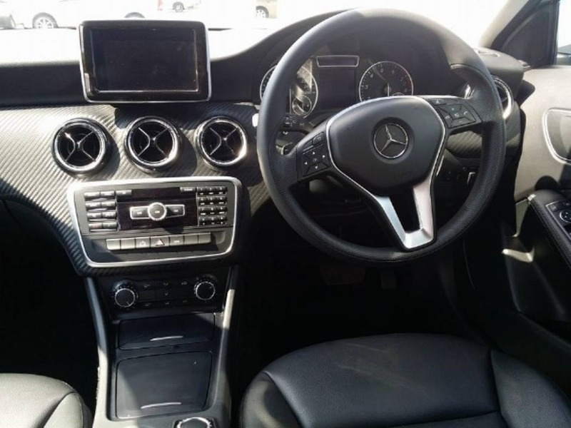 Mercedes 230SL - 2/4