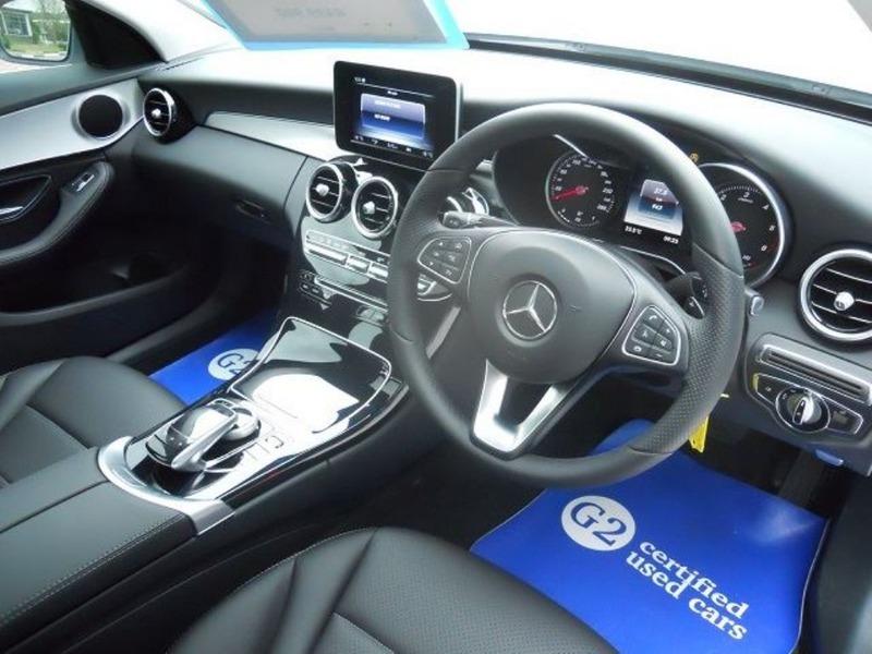 Mercedes 230SL - 3/4